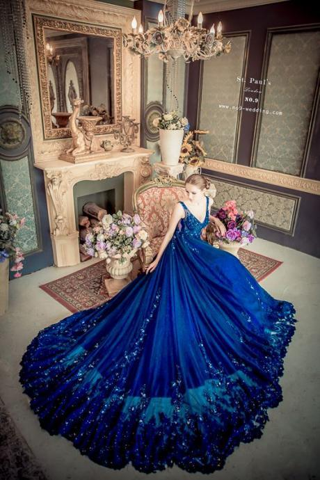 2018 Custom Made Royal Blue Prom Dress,Sexy Spaghetti Straps Party Dress,Beading Evening Dress,Deep V-Neck Party Dress