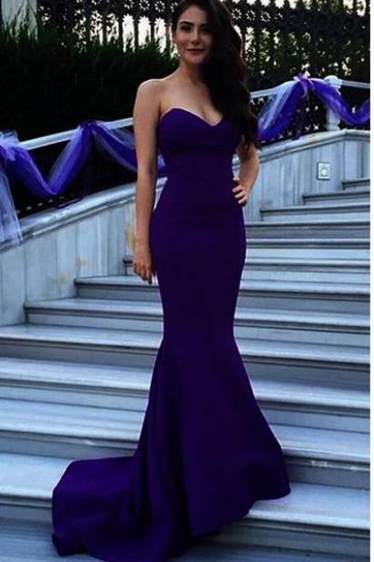 Sweetheart Floor Length Mermaid Prom Dress Featuring Sweep Train