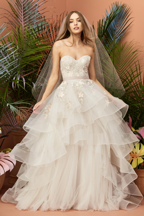 Wedding net row floral strapless couples with multi-layer neckline wedding dress
