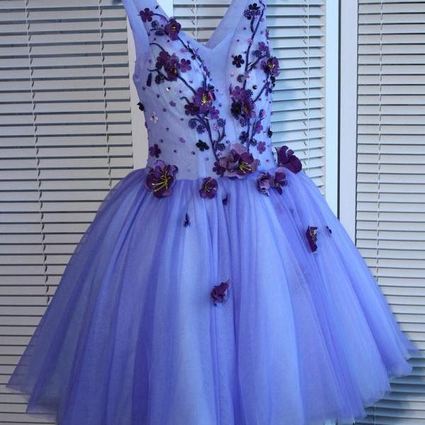 A-line Homecoming Dress V-neck Short/Mini Prom Dress Juniors Homecoming Dresses